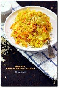 Łagodne curry z kalafiora i ananasa