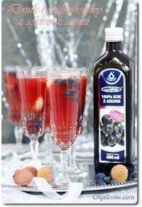 Drink bezalkoholowy z sokiem z aronii