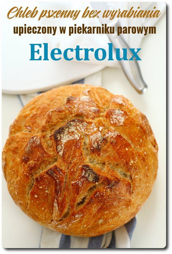 Piekarnik parowy marki Electrolux model EOB8757ZOZ