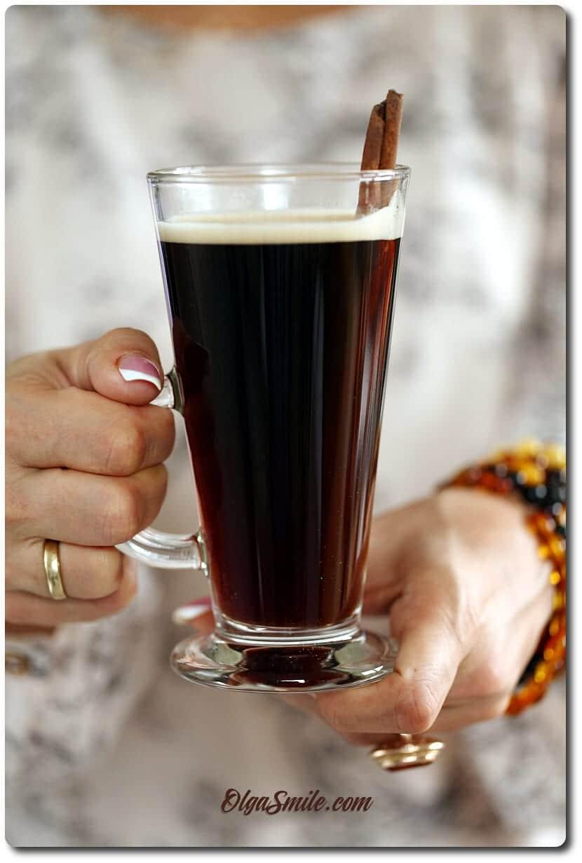 Kawa z cukrem Dry Demerara i cynamonem