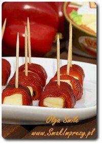 Koreczki serowe z papryką