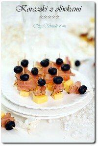 Koreczki z oliwkami