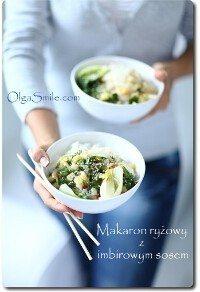 Makaron ryżowy z imbirowym sosem