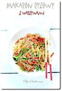 Makaron ryżowy z warzywami