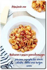 Makaron z sosem pomidorowym i serem