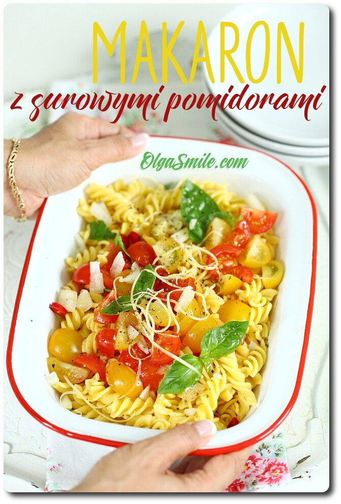 Makaronze świeżymi pomidorami
