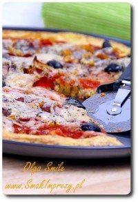 Pizza bezglutenowa na spodzie z ziemniaków