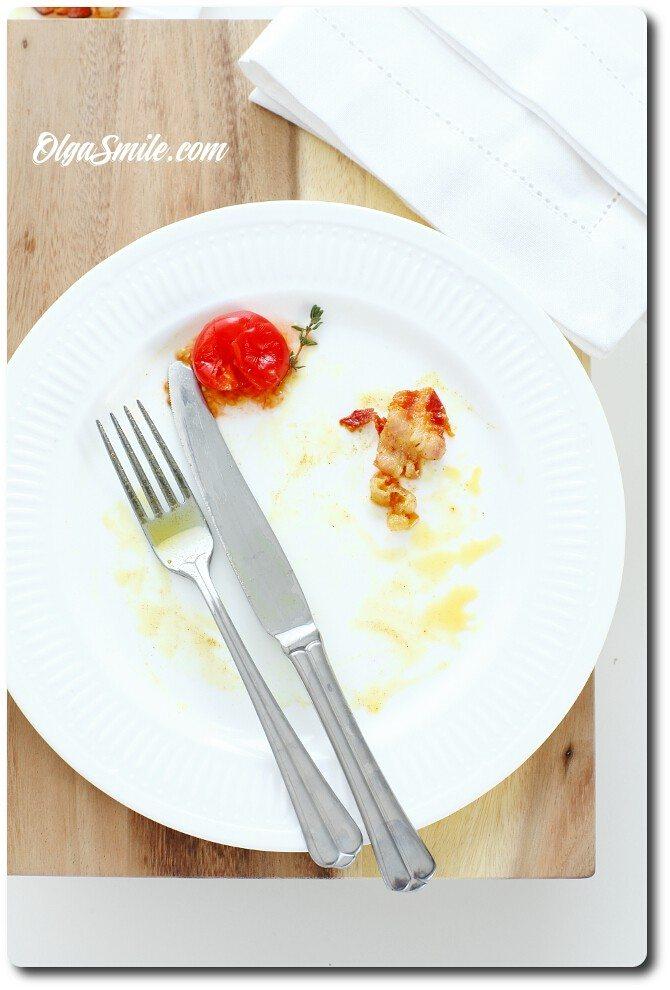 Pusty talerz po obiedzie