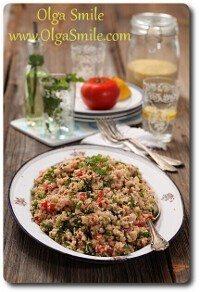 Tabbouleh –sałatka z pomidorów, ogórków, ziół i kaszy bulgur