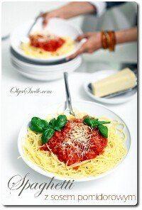 spaghetti-z-sosem-pomidorowym-69306-200